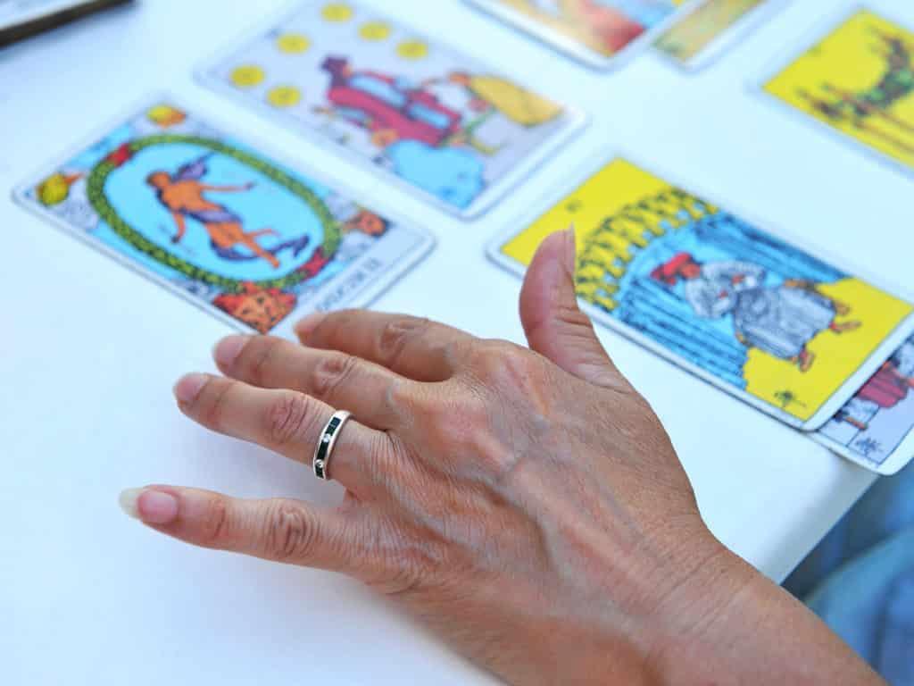 La voyance regroupe un grand nombre d'arts divinatoires